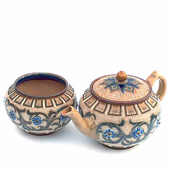 A Doulton Lambeth teapot and sugar basin by Frances E Lee - 611