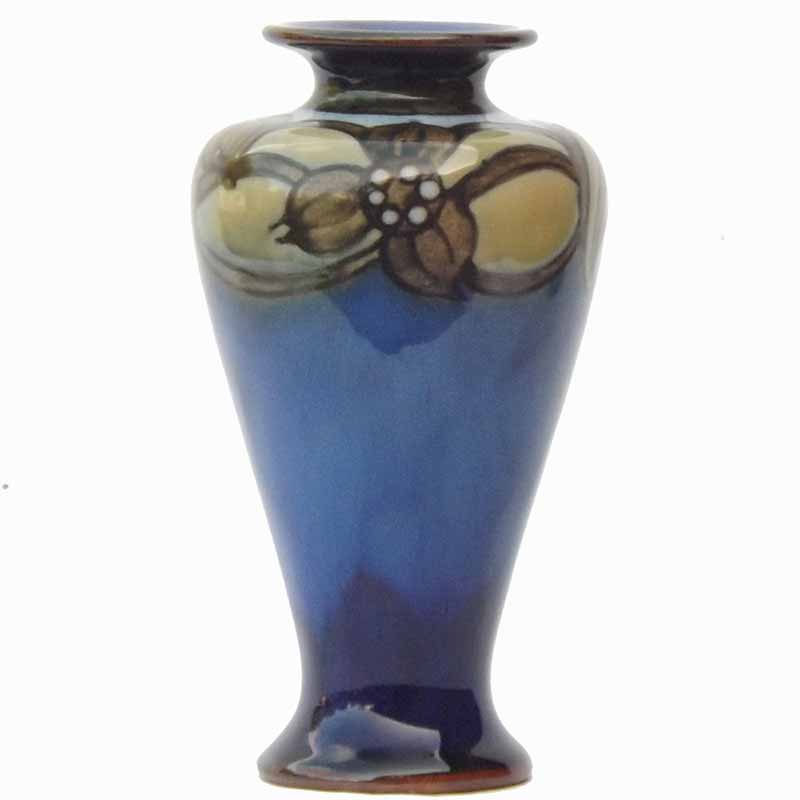 Harry Simeon - A Royal Doulton 6in (15cm) vase - 815